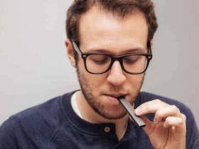 美国生产商推出个性化电子烟产品