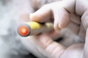 电子烟烟油的成分是什么?电子烟烟油安全吗?
