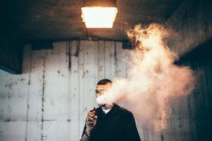 电子烟怎么吐烟圈?电子烟吐烟圈的技巧