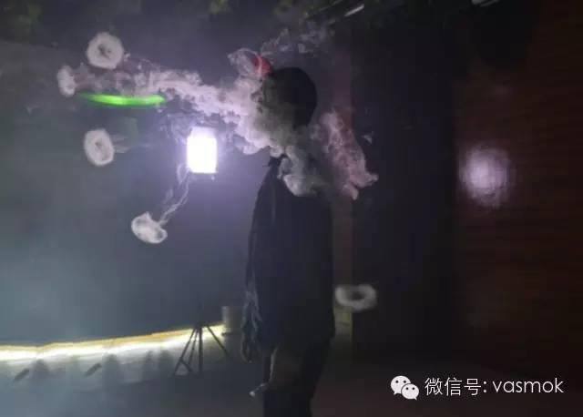 城会玩|活动现场报道:电子烟新品发布会还能这么玩?!