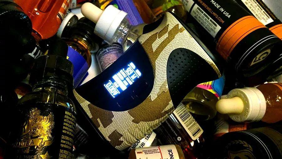 【蒸汽瓶测评】握持最舒适的异形主机,COV Range调压盒