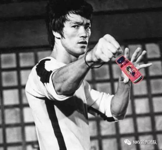 NKV-BRUCE LEE 李小龙 打爆你的烟油
